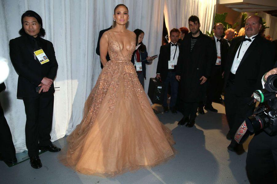 Jennifer Lopez dans les coulisses des Oscars, à Los Angeles le 22 février 2015