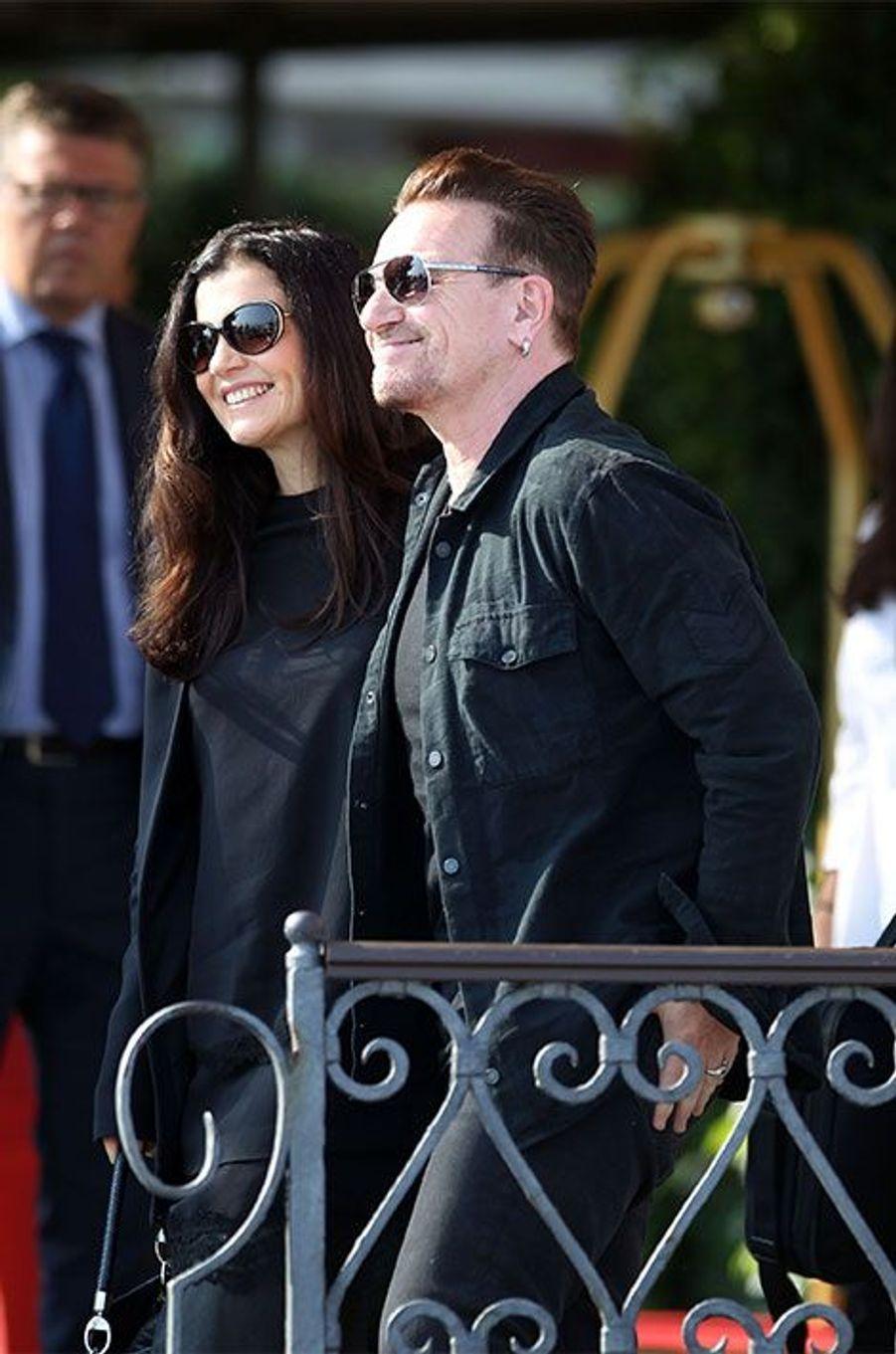 Bono et sa femme