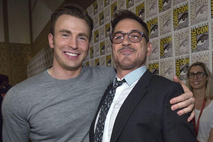 """Chris Evans et Robert Downey JR. étaient là pour """"Avengers: Age of Ultron"""""""