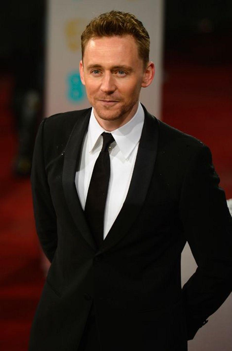 """Habitué des productiosn Marvel, Tom Hiddleston a récemment joué devant la caméra de Guillermo del Toro pour """"Crimson Peak"""""""