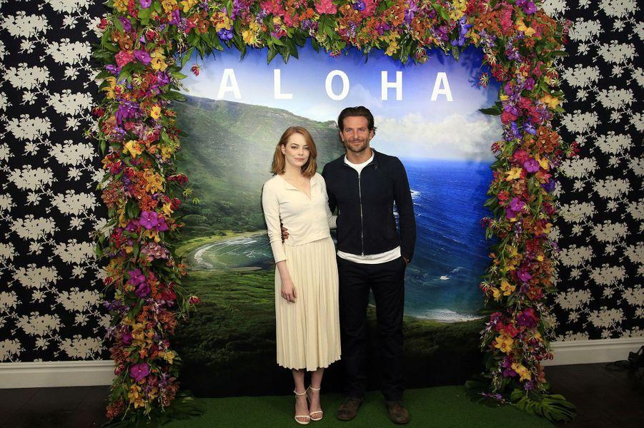 Emma Stone et Bradley Cooper à Londres le 16 mai 2015