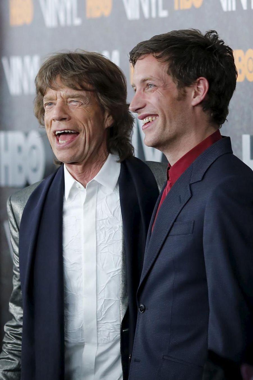 """Jagger père et fils complices à la première de """"Vinyl"""""""