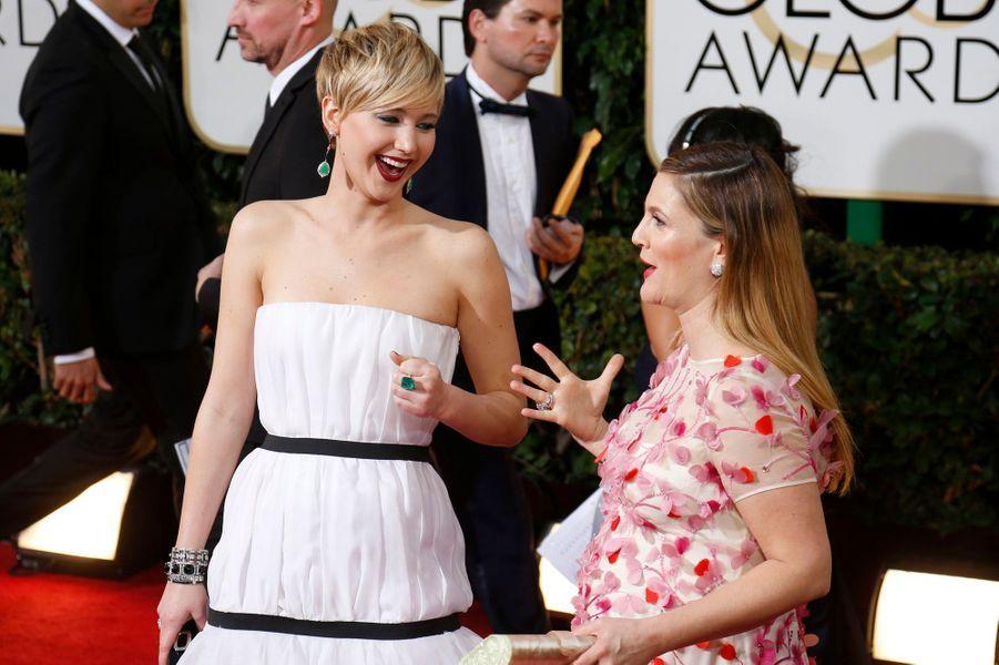 A seulement 23 ans, Jennifer Lawrence a déjà un palmarès bien rempli. MTV Award, Golden Globe, Oscar… Mais malgré ces prestigieuses distinctions, la belle comédienne conserve la naïveté et la fraîcheur des débutantes. Jamais avare d'un bon mot ou d'une bonne blague, la jeune femme est devenue en quelques années l'actrice «la plus cool d'Hollywood».