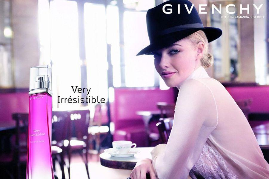 Amanda Seyfried pour Givenchy