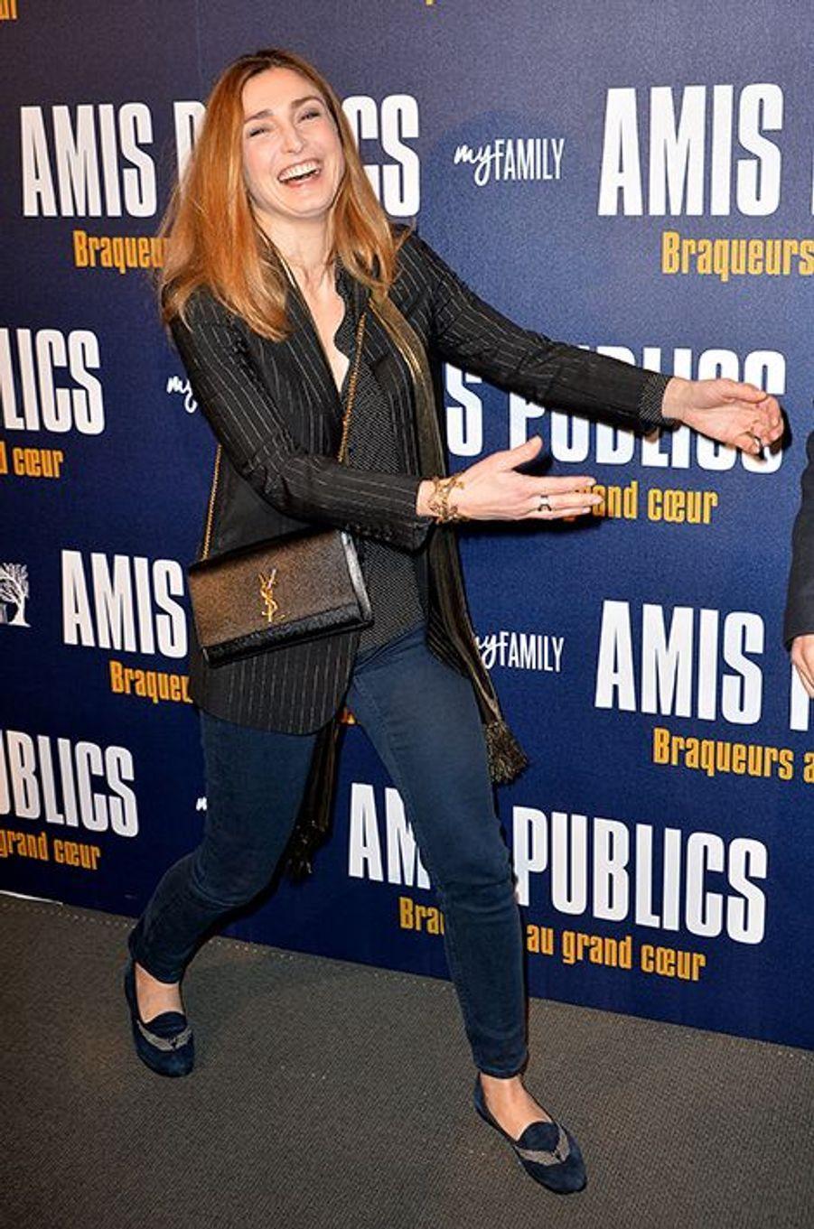 Julie Gayet à Paris le 1er février 2016