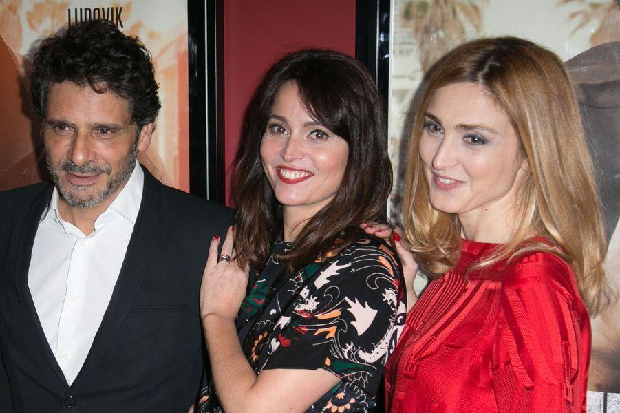 Pascal Elbé, Anne Charrier et Julie Gayet à Paris le 21 décembre 2015