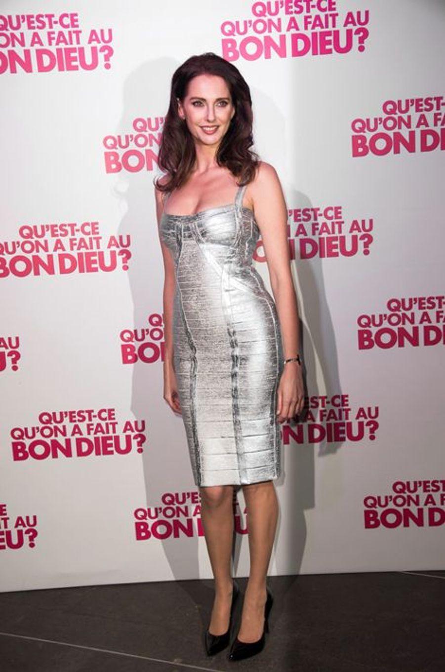 Frédérique Bel à Paris le 8 décembre 2014