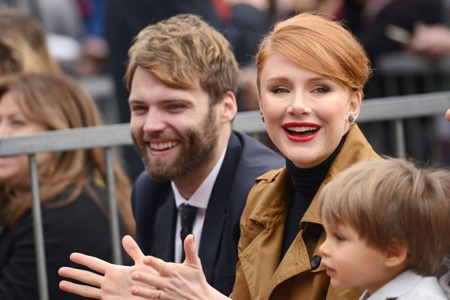 Bryce Dallas Howard et Seth Gabel à Los Angeles le 10 décembre 2015