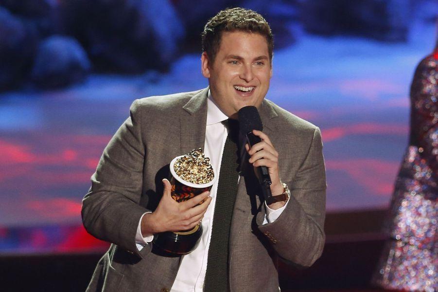 """Il a gagné le trophée du """"Génie comique"""" grâce à son rôle dans """"Le Loup de Wall Street""""."""
