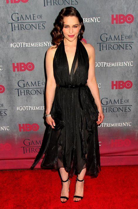 """Emilia Clarke en Donna Karan à la première de la saison 4 de """"Game of Thrones"""", en mars 2014"""
