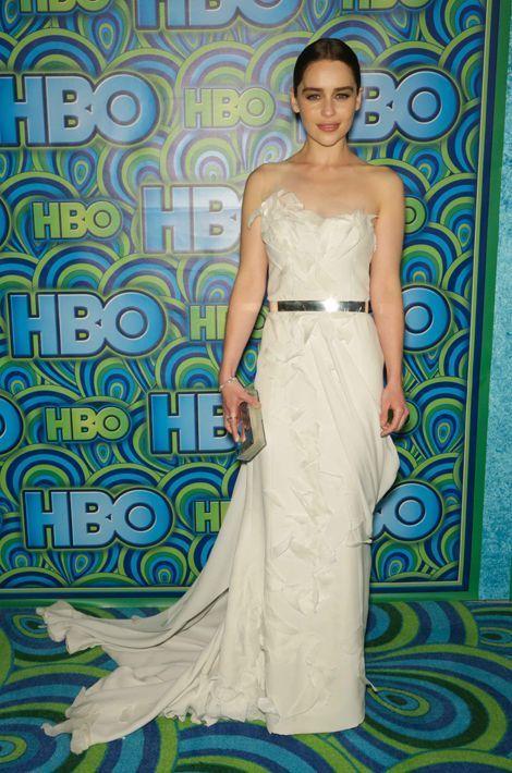 Emilia Clarke en Donna Karan aux Emmy Awards, en septembre 2013