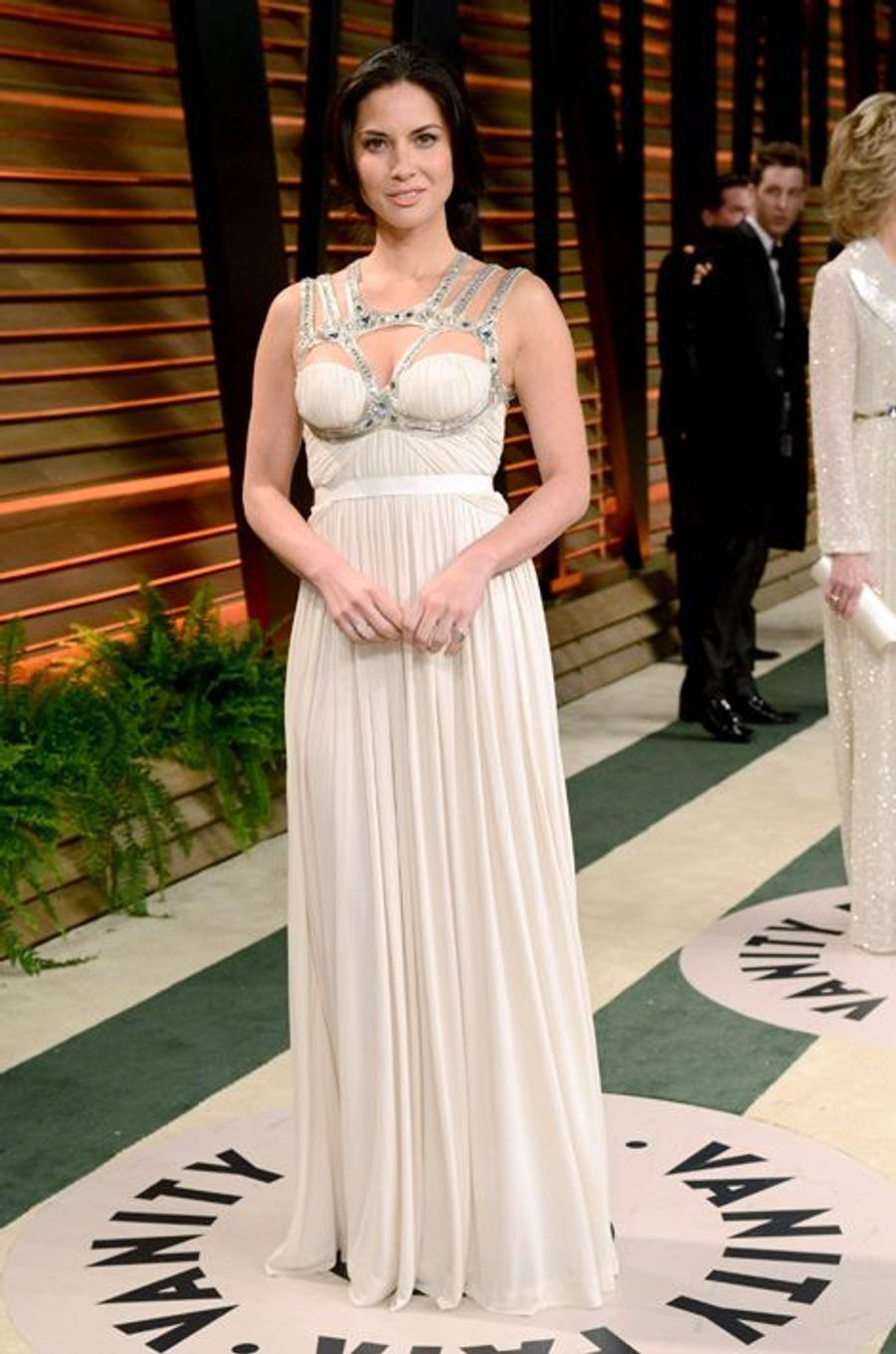 Olivia Munn en Alexander McQueen à la soirée post-Oscars, en mars 2014