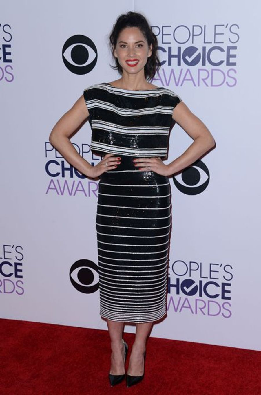 Olivia Munn en Giambattista Valli aux People's Choice Awards, en janvier 2015