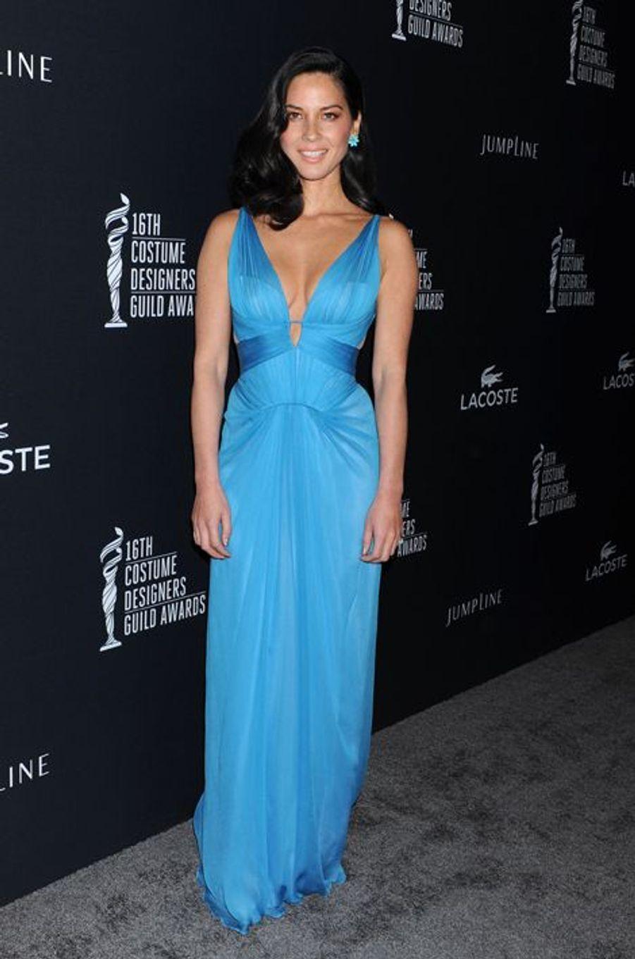 Olivia Munn en J. Mendel aux Costume Designers Guild Awards, en février 2014