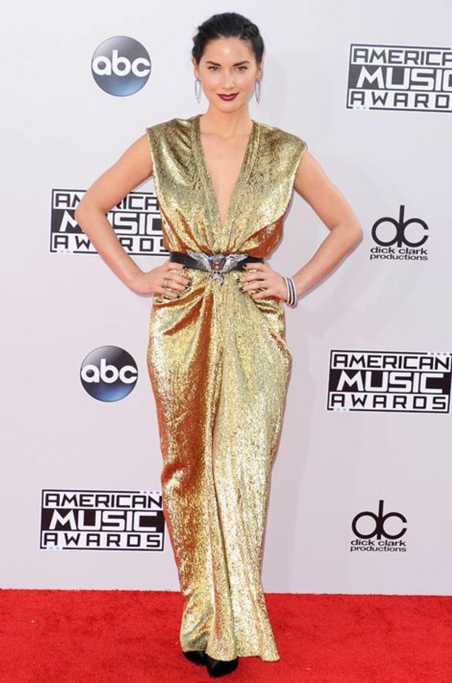 Olivia Munn en Lanvin aux American Music Awards, en novembre 2014