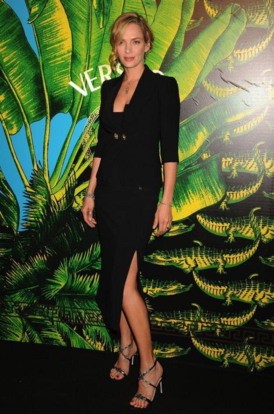 Uma Thurman à la présentation de la collection Versace pour H&M, en novembre 2011