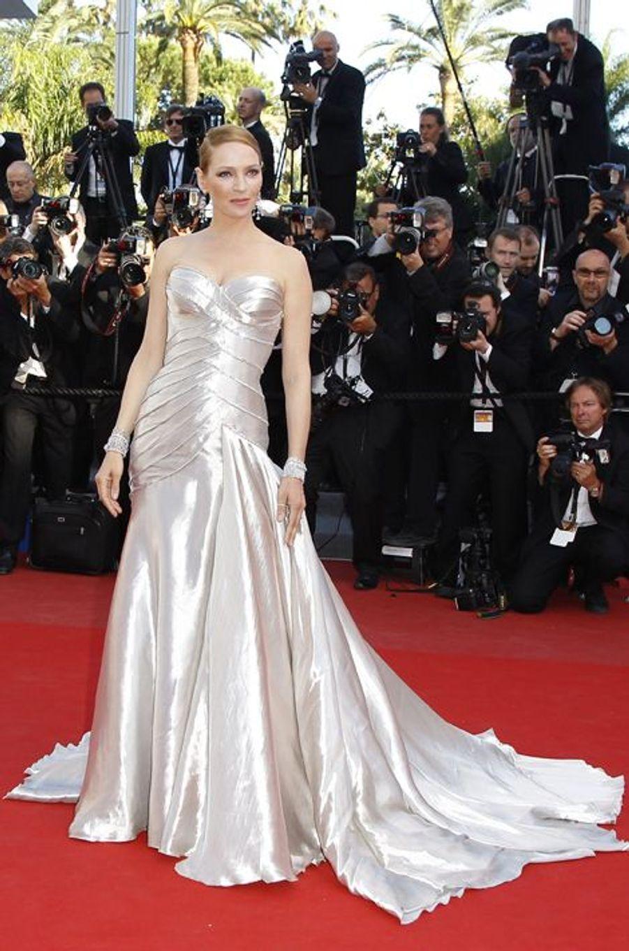 Uma Thurman en Atelier Versace au Festival de Cannes, en mai 2013