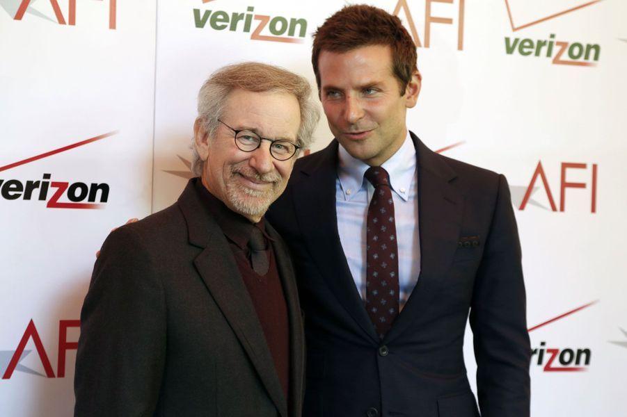 "Steven Spielberg, avec Bradley Cooper, venu pour ""American Hustle"""