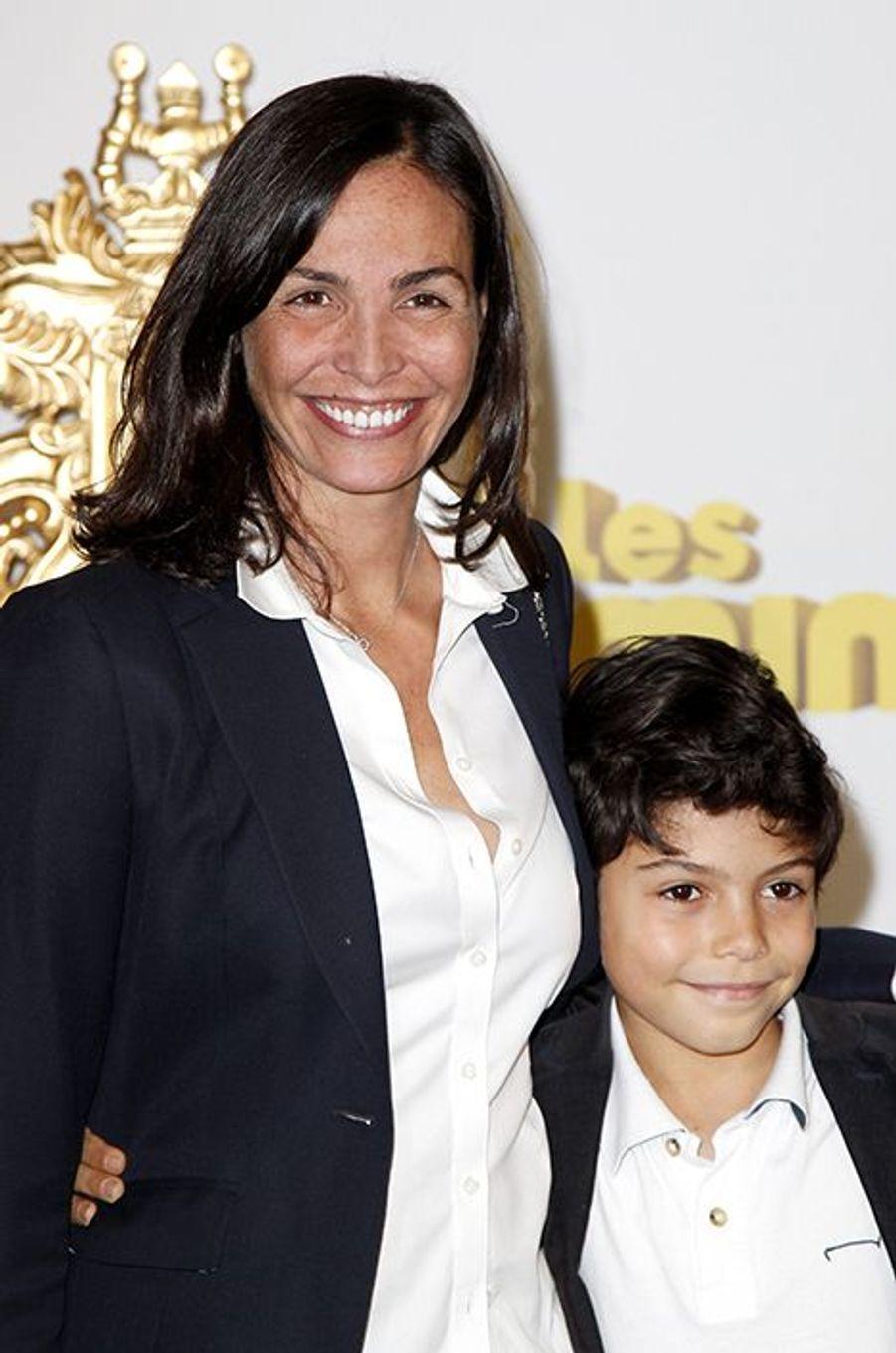 Inés Sastre et son fils