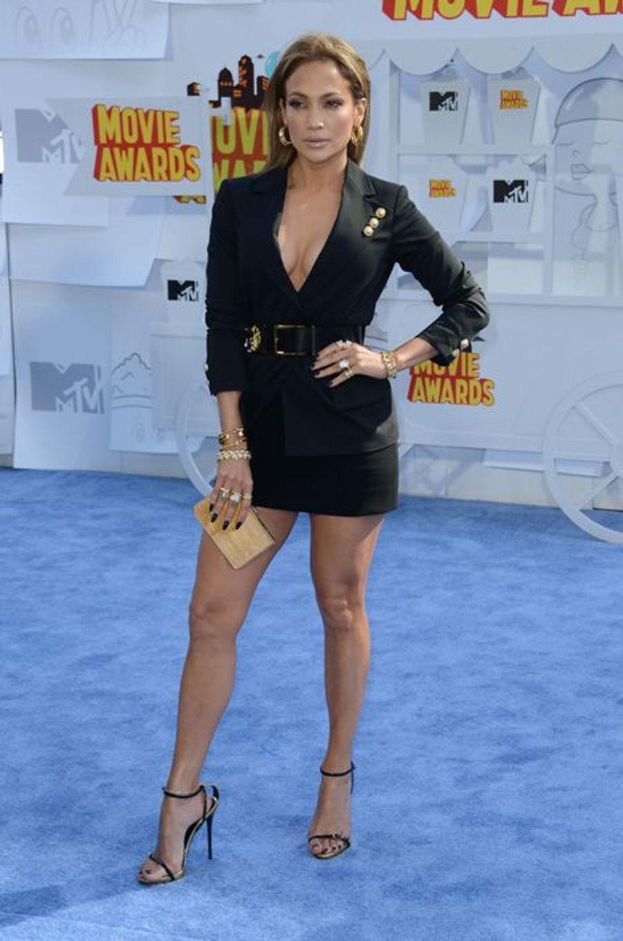Jennifer Lopez à Los Angeles le 12 avril 2015