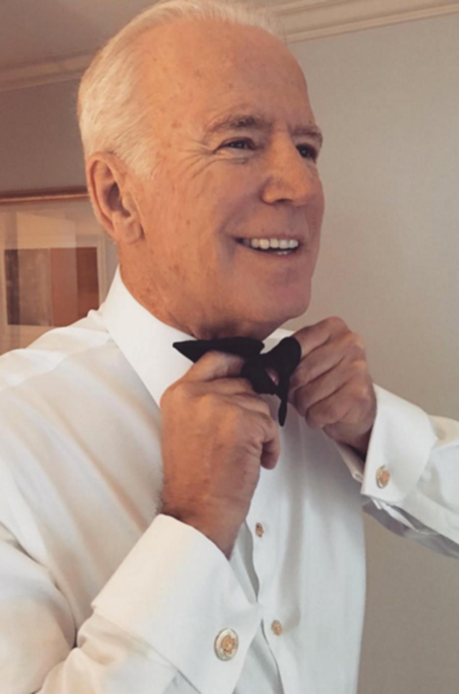 Le vice-président des Etats-Unis Joe Biden se prépare pour la cérémonie des Oscars