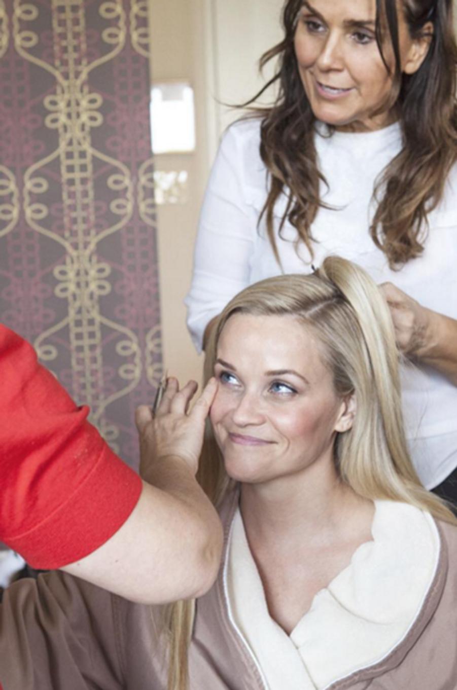Reese Witherspoon se prépare pour la cérémonie