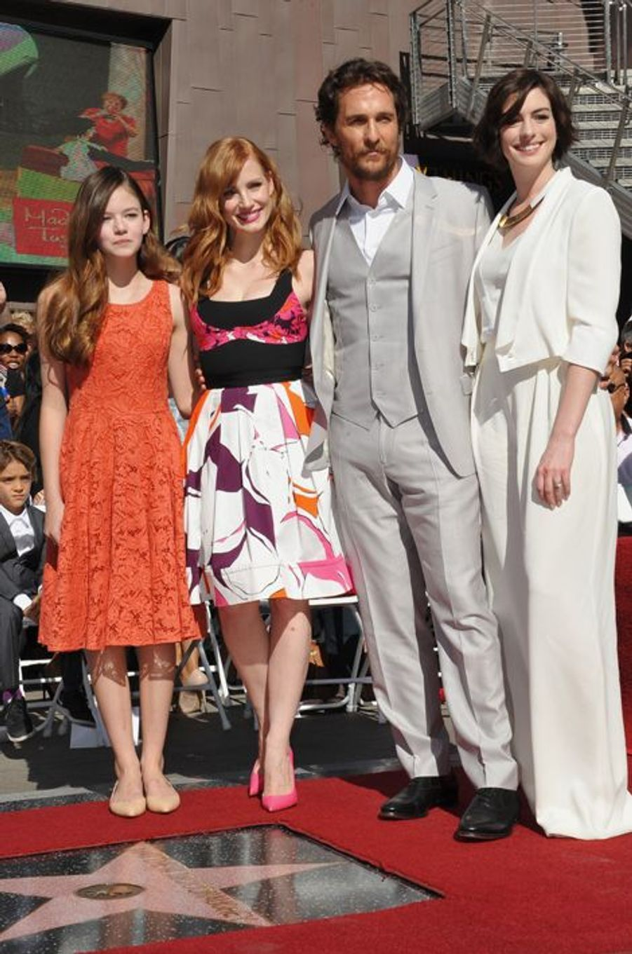 Mackenzie Foy, Jessica Chastain, Matthew McConaughey et Anne Hathaway à Los Angeles le 17 novembre 2014