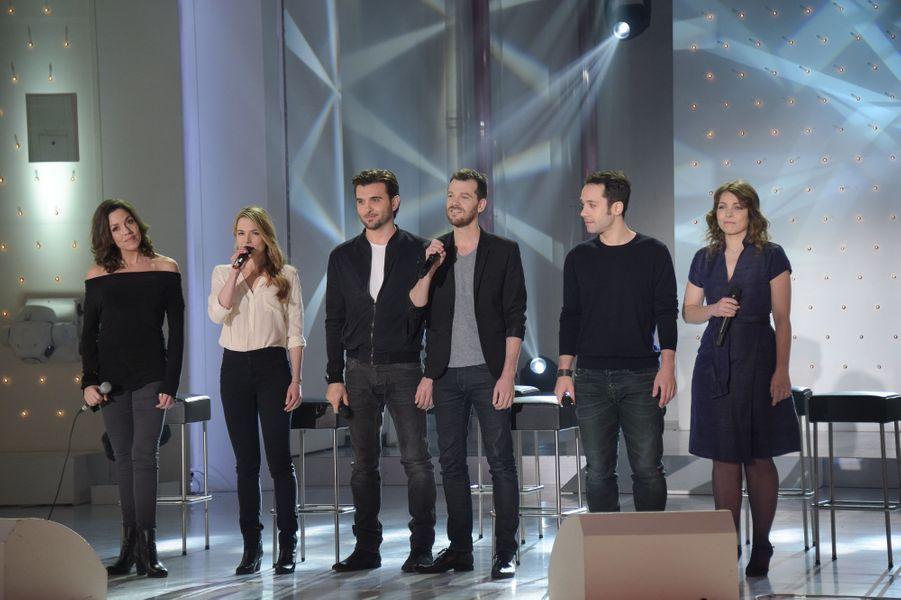 """Les Funambules lors de l'enregistrement de """"Vivement Dimanche"""" Miou-Miou, le 4 février 2015"""