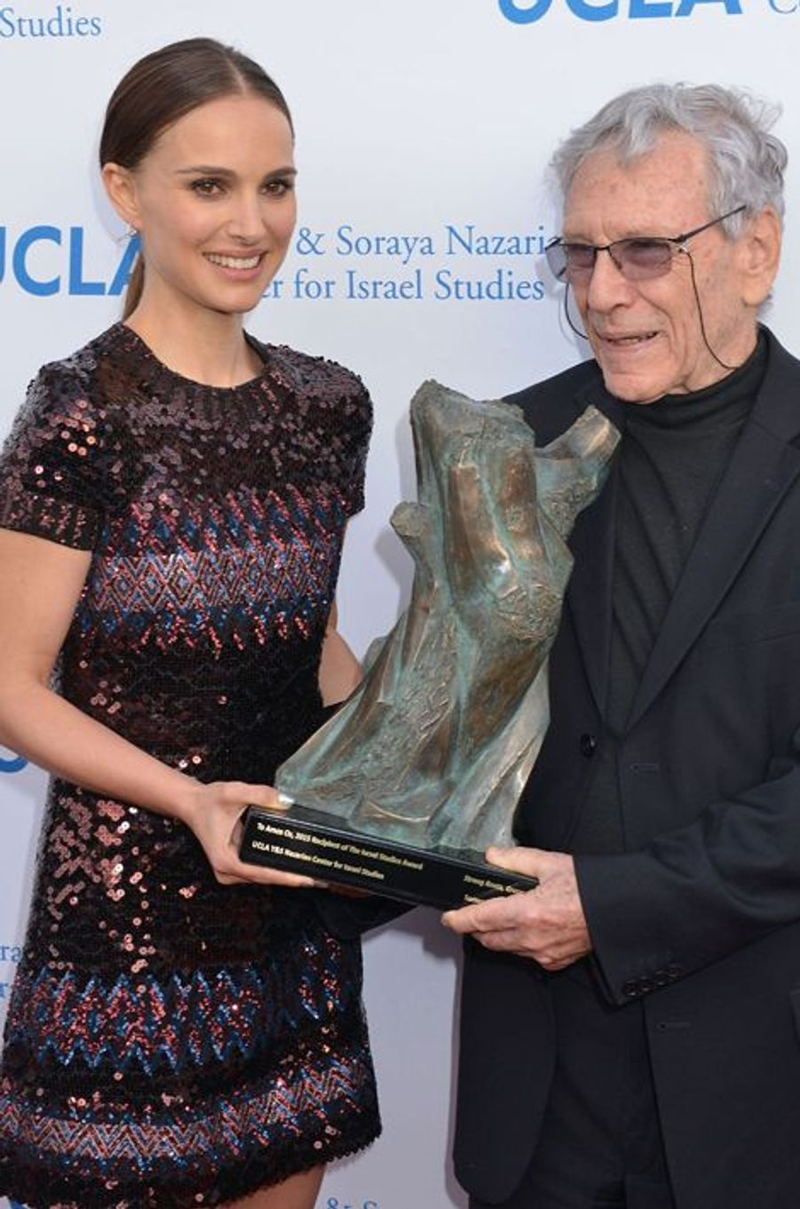 Natalie Portman et Amos Oz à Los Angeles le 5 mai 2015