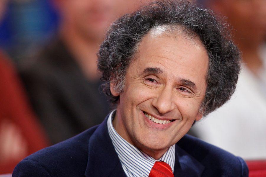 """Serge Stoléru lors de l'enregistrement de """"Vivement Dimanche"""" Patrick Chesnais, le 14 janvier 2015"""