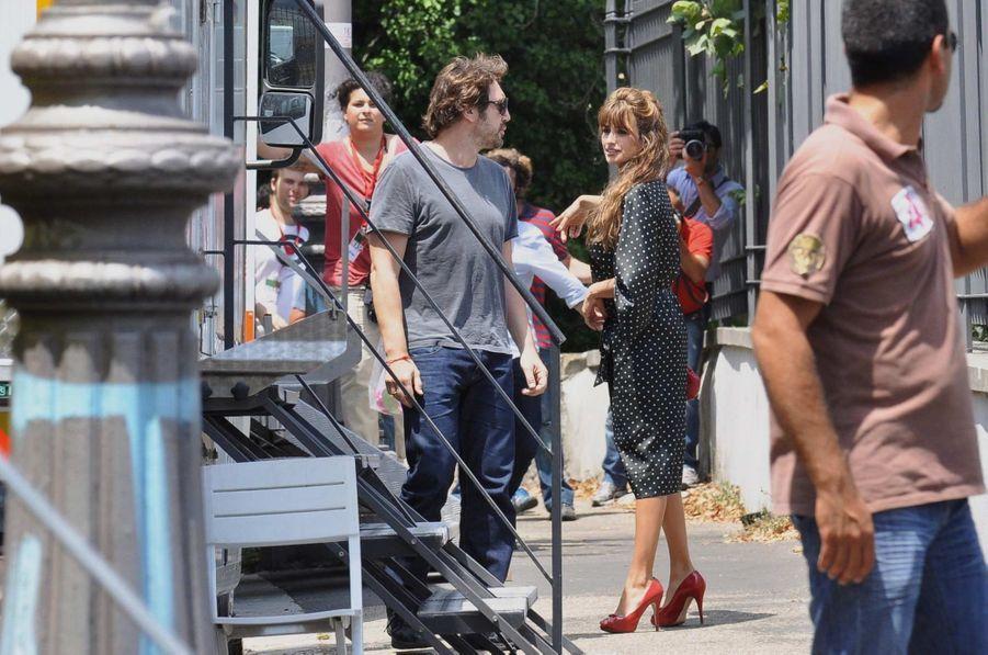 Javier rendant visite à son épouse sur le tournage de «To Rome with Love» de Woody Allen, en juillet 2011.