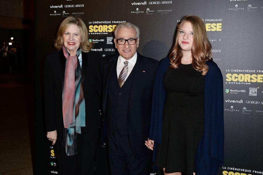 Martin Scorsese, entouré de son épouse et de leur fille