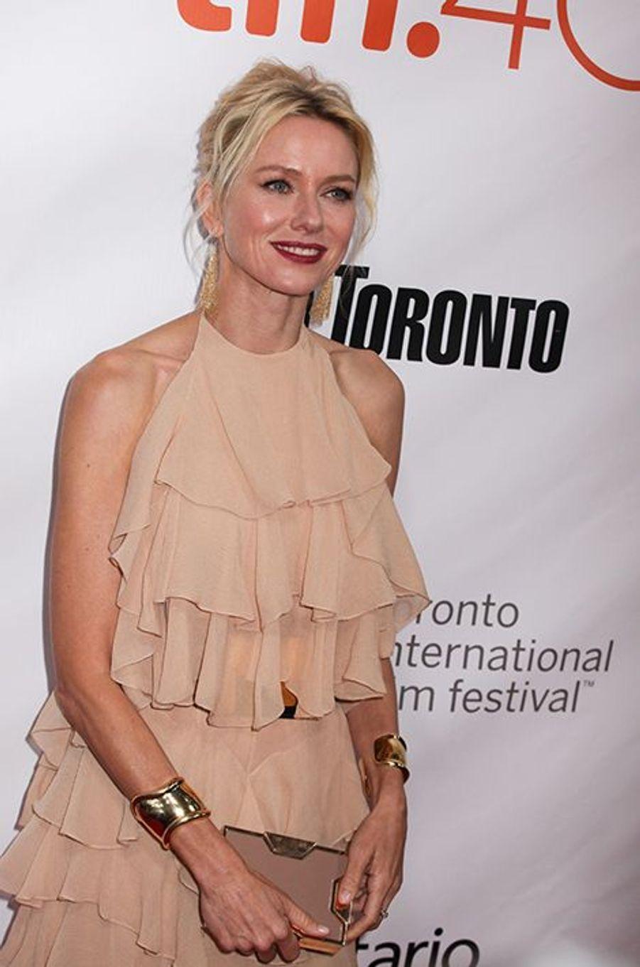Naomi Watts à Toronto le 10 septembre 2015