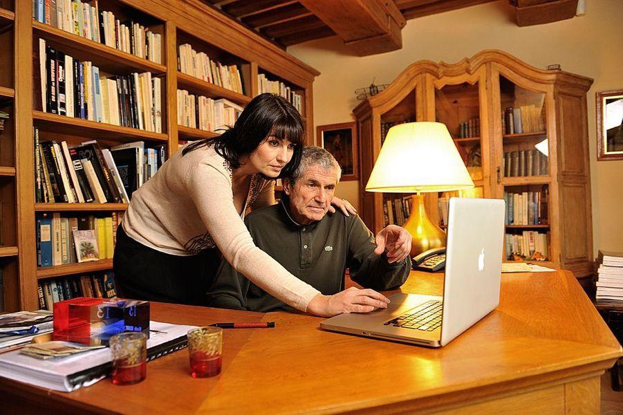 Claude Lelouch et sa compagne Valérie Perrin, décembre 2009