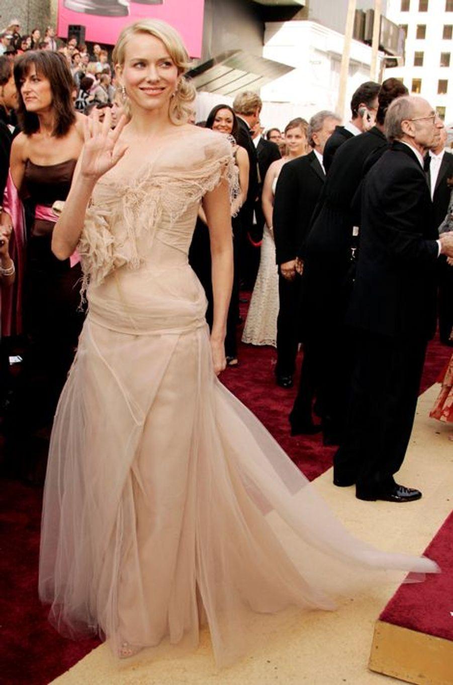 Naomi Watts en Givenchy pour les Oscars 2006