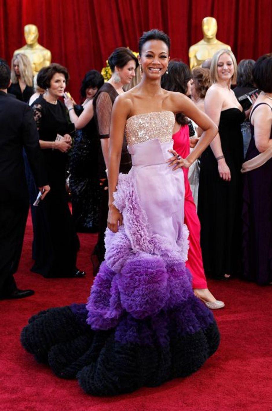 Zoe Saldana en Givenchy, en 2010
