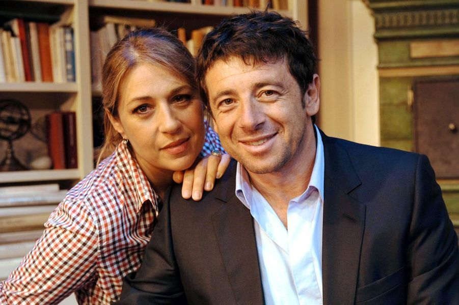 """Valérie Benguigui et Patrick Bruel sur le tournage du """"Prénom"""", septembre 2010"""