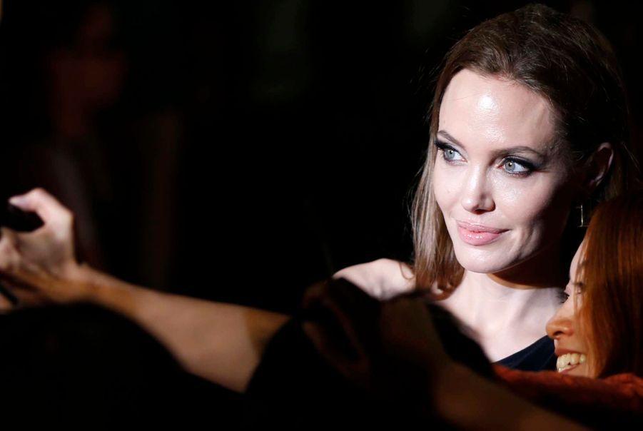Visite chargée au Japon pour les Jolie-Pitt