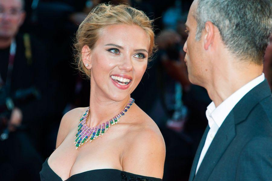 James Wilson et Scarlett Johansson.