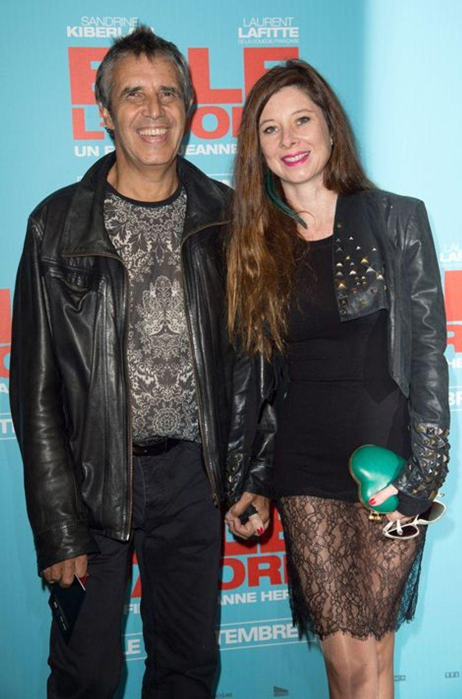Julien Clerc et sa femme Helene Grémillon à la première de «Elle l'adore» à Paris le 15 septembre 2014.