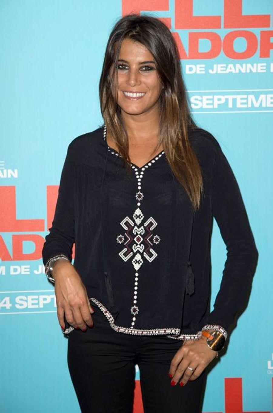 Karine Ferri à la première de «Elle l'adore» à Paris le 15 septembre 2014.