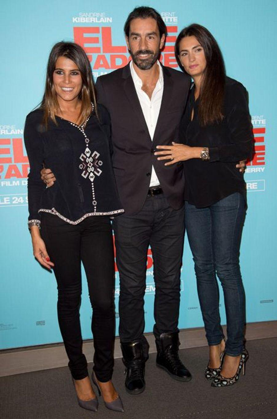Karine Ferri, Robert Pirès et sa femme Jessica, à la première de «Elle l'adore» à Paris le 15 septembre 2014.