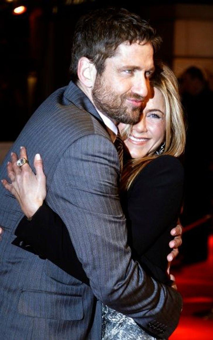 """Rebelote pour Le """"Chasseur de primes"""", un film sorti début 2010 en France. Jennifer Aniston et Gerard Butler auraient fricoté pendant le tournage/la promotion, mais rien n'est officiel."""