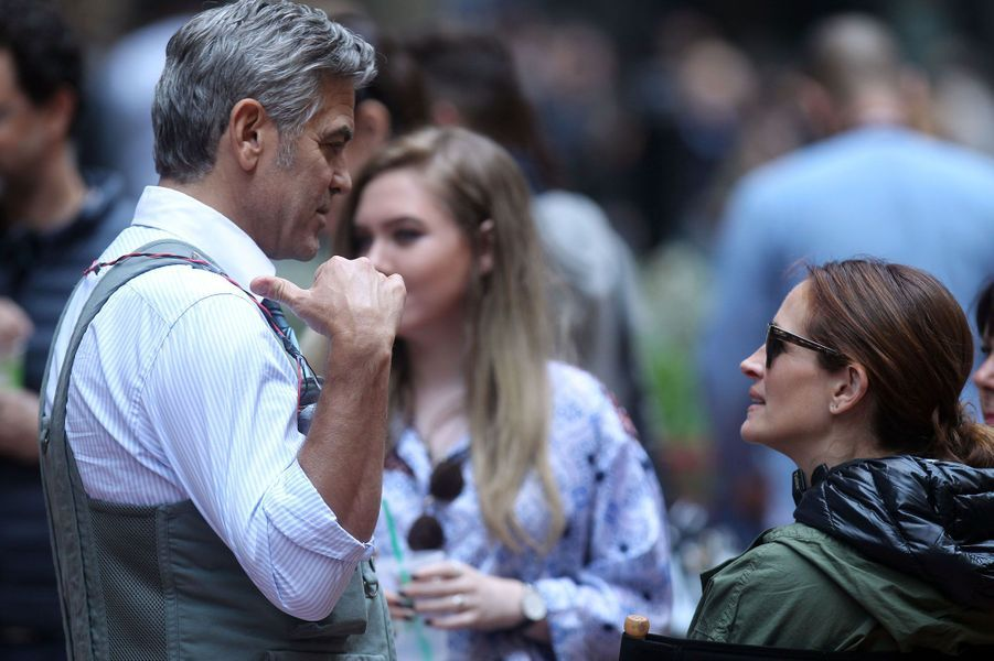"Julia Roberts et George Clooney, sur le tournage de ""Money Monster"" en 2015"