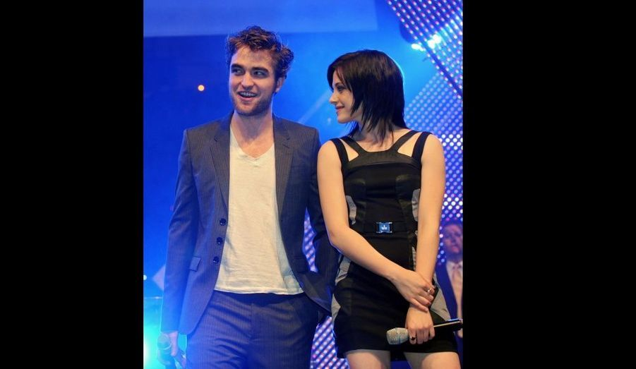 En promotion pour le sequel New Moon au HVB Youth Meeting de Munich, le 14 novembre 2009.