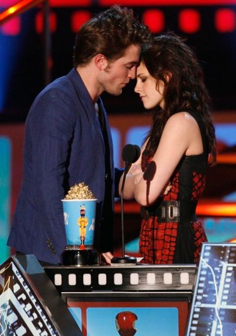Le couple, lauréat du Meilleur baiser pour Twilight  à la cérémonie des MTV Movie Awards à Los Angeles, le 31 mai 2009.