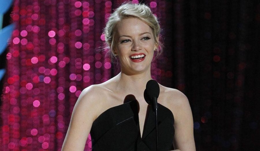 Emma Stone, récompensée pour le début de sa carrière