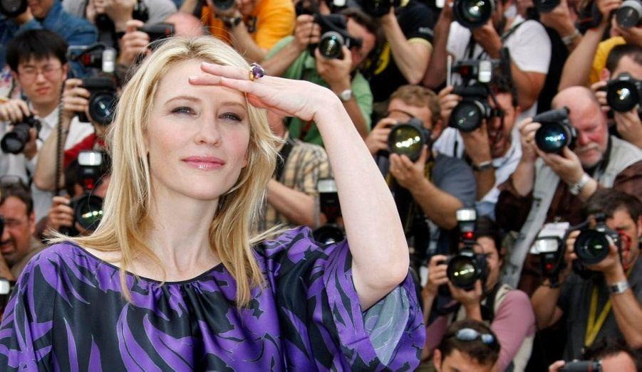 """Egalité avec Halle Berry dans le classement Forbes, Cate Blanchett est une actrice australienne née en 1969. Nominée à l'Oscar de la meilleur actrice pour son rôle dans """"Elizabeth"""" en 1998, elle sera finalement récompensée pour son rôle dans """"Aviator"""" sept ans plus tard."""