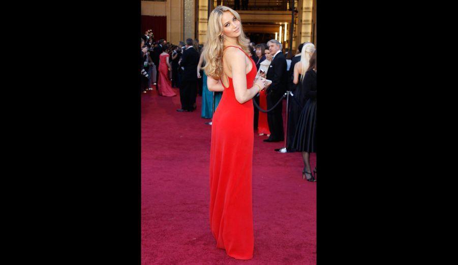 Rayonnante aux Academy Awards de 2011