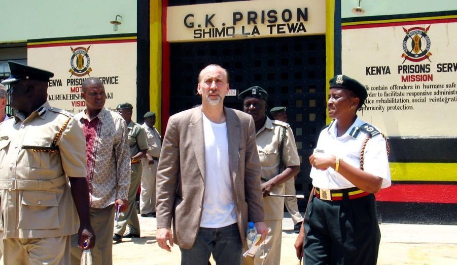 Le célèbre acteur, égalemment ambassadeur des Nations-Unis contre la drogue et le crime, a été visité la prison de Mombasa, au Kenya, ce mercredi.